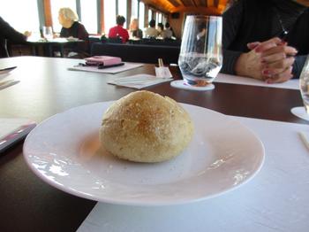 地粉のパン.jpg