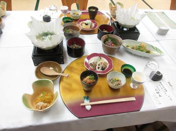 湯ったり村夕食.jpg