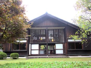 前川邸1.jpg